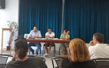 Azuaga conoce las demandas del sector hostelero durante su primera reunión con asociados de Alaho