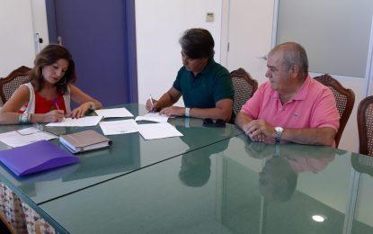 Turismo y el Museo Taurino firman un convenio de colaboración para incluir este espacio en las visitas guiadas a la ciudad