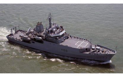 El buque de la Royal Navy HMS Enterprise llega hoy al Peñón bajo el mando del gibraltareño Capitán Ladislaus