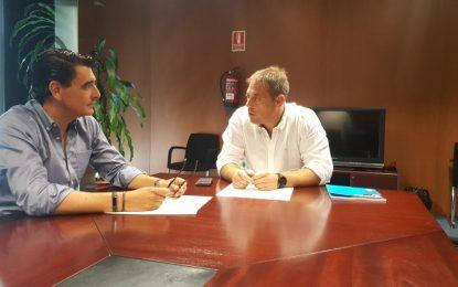 Primera reunión de trabajo del vicepresidente Macias en la Sociedad Pública Arcgisa