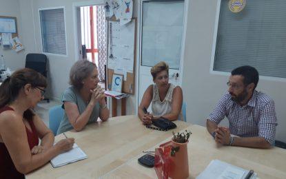 El alcalde visita la coordinadora Despierta para analizar su delicada situación económica ante los impagos de subvenciones de la Junta