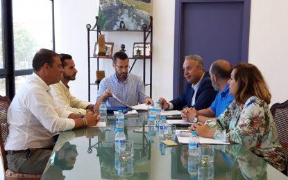 La mejora en los índices de recaudación centra la primera reunión en la ciudad del equipo económico de Diputación