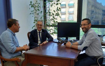 El alcalde de La Línea recibe la primera visita oficial del presidente de la  Mancomunidad