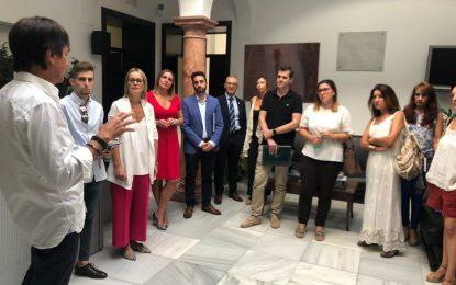 Juan Lozano, Daniel Perea y Ana Ruiz se reúnen con los concejales y técnicos de turismo para sensibilizar de la importancia del empleo en este sector
