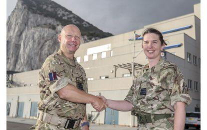 La Teniente Coronel 'Nel' Doherty, nueva Jefa de Base de la RAF en Gibraltar, es graduada por el CEMFAS (CESEDEN), de Madrid