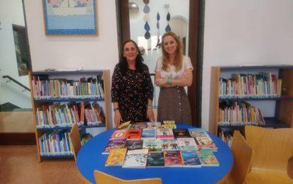 La biblioteca amplia su oferta con nuevas dotaciones de libros infantiles y de adultos