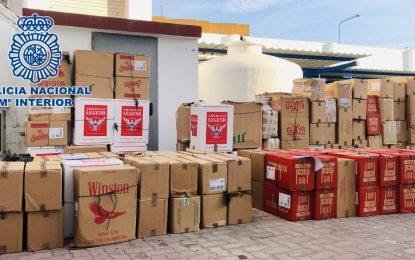 La Policía Nacional desmantela en La Línea de la Concepción cuatro guarderías de tabaco de contrabando