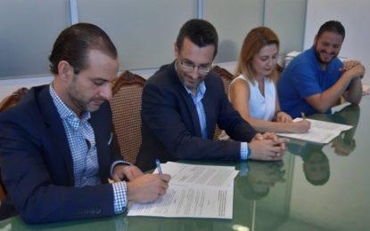 Fundación Doctor Espinel y Unión Linense de Baloncesto firman ante el alcalde un convenio patrocinador
