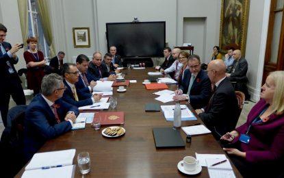 El 10º Consejo Ministerial Conjunto RU – Gibraltar se salda con la firma de dos Memorandos de Entendimiento para financiar proyectos de contingencia para un Brexit duro