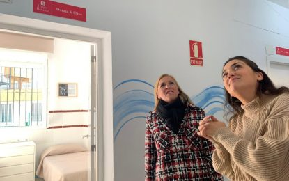 Eva Pajares pone en valor el trabajo de Nuevo Hogar Betania en La Línea y en la comarca en una visita a sus instalaciones