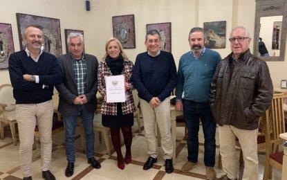 Eva Pajares se interesa por el proyecto de reconstrucción del fuerte Santa Bárbara de La Línea