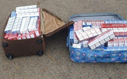 Una operación conjunta de Policía Local, Policía de Gibraltar y Guardia Civil permite la incautación de 1.250 cajetillas de tabaco de contrabando