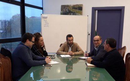 APYMELL organiza la tercera edición del concurso de escaparates navideños en colaboración con el Ayuntamiento
