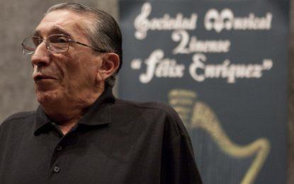 El ayuntamiento muestra su pesar por el  fallecimiento  de Salvador Román,  presidente de la Sociedad Musical Linense