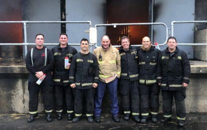 Oficiales del Servicio de Bomberos de Gibraltar asisten al Curso de Comportamiento de Incendios
