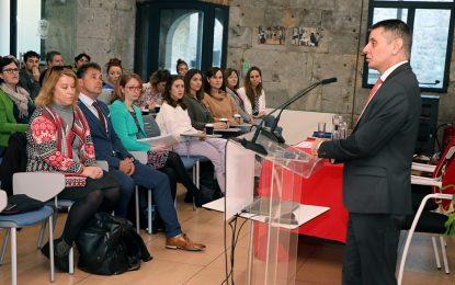 Conferencia en Gibraltar sobre Salud Mental relacionada con la educación