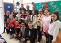 El concejal de Educación felicita al coro del CEIP Santiago, ganador del V certamen de villancicos de San Roque