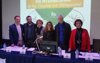 El alcalde ha participado esta mañana en los actos organizados con motivo del Día Internacional de la Discapacidad