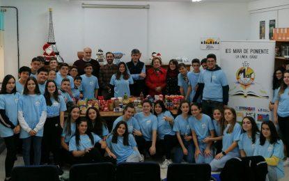 Hidalgo y Vidal acompañan al alumnado del Mar de Poniente en la entrega de premios del reto solidario Kilómetros Saludables