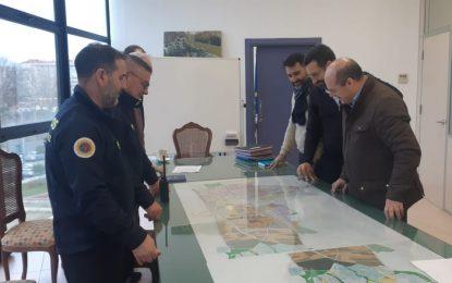 El alcalde ha analizado hoy con el presidente del Consorcio provincial Contraincendios posibles ubicaciones del nuevo Parque de Bomberos