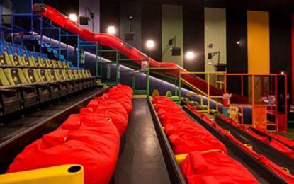 La Unidad de Policía Adscrita de la Junta denuncia a una cadena de cines por prohibir la entrada de productos del exterior en sus salas de la provincia
