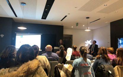 Zuleica Molina participa con colectivos sociales en una reunión informativa sobre subvenciones de Fundación La Caixa