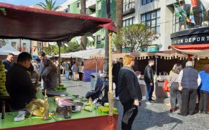 Hasta el 5 enero, Mercado Artesanal en la Plaza Fariñas