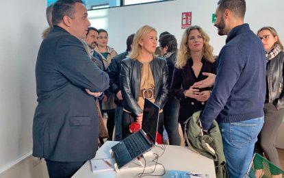 Ana Mestre y Eva Pajares visitan la Oficina de Información del Brexit en La Línea de la Concepción