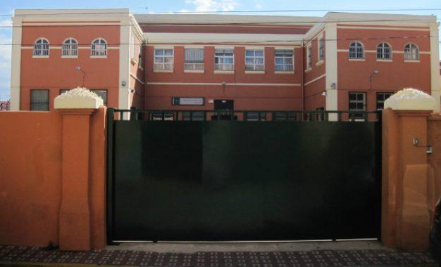 El PSOE de La Línea exige soluciones a la Junta para el problema de los escolares linenses