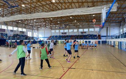 250 escolares de la ciudad han participado hoy en la Liga Escolar de Baloncesto