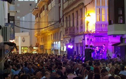 Juventud oferta la contratación de actuaciones musicales para Junio Joven, conciertos de barrio en verano y Otoño en Vivo primando la participación de artistas locales