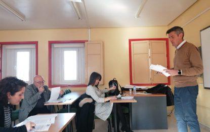 Sebastián Hidalgo ha mantenido una reunión de coordinación con los centros educativos de Primaria y Secundaria