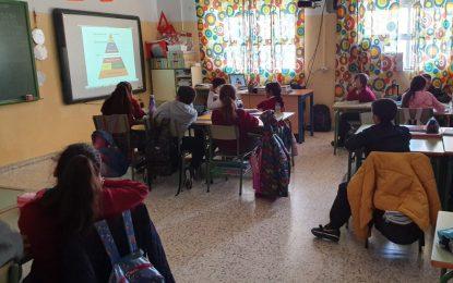"""Sanidad inicia la campaña de  """"Alimentación Saludable"""" con la participación de 570 alumnos"""