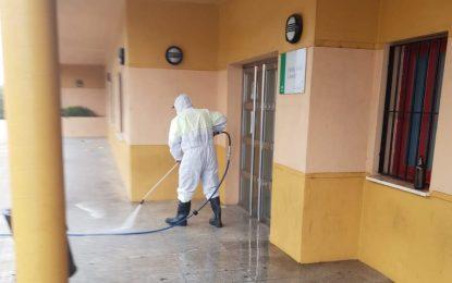 Limpieza y Parques y Jardines acometerán labores de desinfección y limpieza por toda la ciudad y zonas muy vulnerables