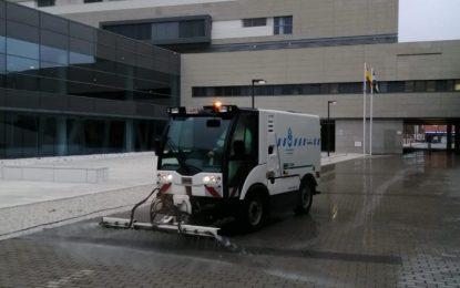 El alcalde demanda de la consejería de Salud el incremento de medios humanos y técnicos para el hospital comarcal