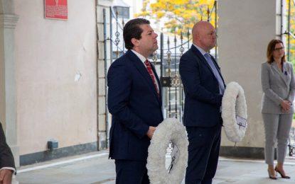 El Ministro Principal destaca la lucha de las generaciones anteriores de trabajadores gibraltareños y ensalza los valores socialistas como base de la prosperidad del Peñón