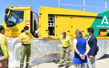 El Plan Infoca incorpora dos nuevos camiones autobomba para renovar el parque móvil