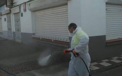 Los trabajos de desinfección se han ampliado hoy a los polígonos industriales