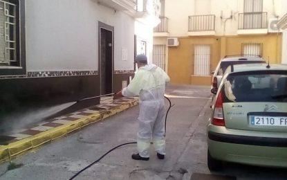 Iniciada una nueva fase de desinfección por diferentes zonas y edificios vulnerables de la ciudad