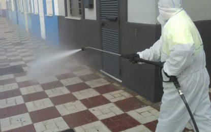 La Infantería de Marina realiza trabajos de desinfección en el hospital y los centros de salud