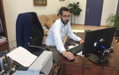 Juan Franco participa en un encuentro virtual organizado por la Confederación de Empresarios sobre la crisis económica en la comarca