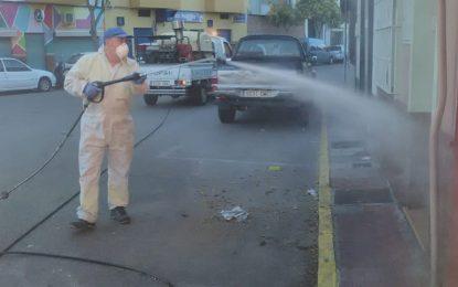 Los trabajos de desinfección se han centrado en los juzgados , centros de salud, colegios y calles peatonales y plazas