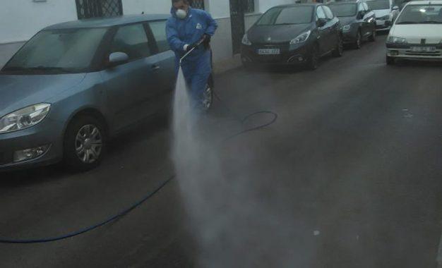 Realizados trabajos de desinfección en la barriada de Periáñez, Santa Margarita y los centros de Asansull