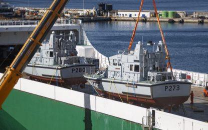 Las embarcaciones HMS Pursuer y HMS Dasher llegan al Peñón