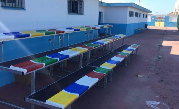Deportes instala gradas móviles en el campo de fútbol municipal Miguel Ángel Izaguirre