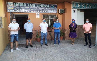 El alcalde conoce a la nueva directiva de la asociación de Radio Taxi