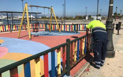 Mantenimiento Urbano acomete mejoras en Virgen de la Luz y en el parque infantil de Poniente