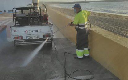 Limpieza desarrolla trabajos de desinfección en Levante y el centro