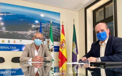 Lozano y Vaca analizan las actuaciones y los objetivos del Consorcio de Bomberos en la Comarca del Campo de Gibraltar