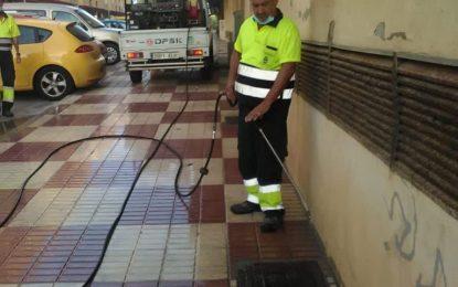 Limpieza prosigue con los trabajos de desinfección por distintas calles y urbanizaciones de la ciudad